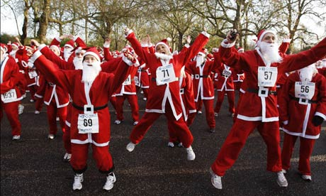 Santas-in-Battersea-Park-001
